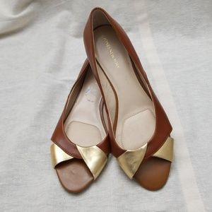 Jones New York Bailly Brown/Gold Wedge - Size 7.5